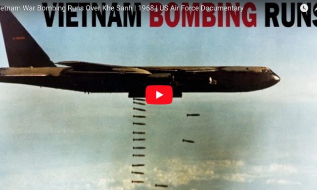 Vietnam War Bombing Runs Over Khe Sanh | 1968